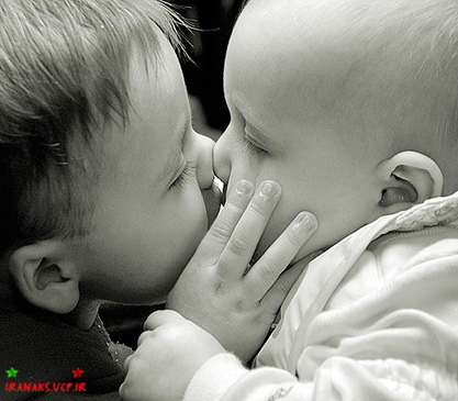 عکس عاشقانه کودکان,تصاویر عاشقانه کودکان